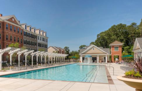 Resort-style pool at Creekstone Village apartments in Pasadena, MD